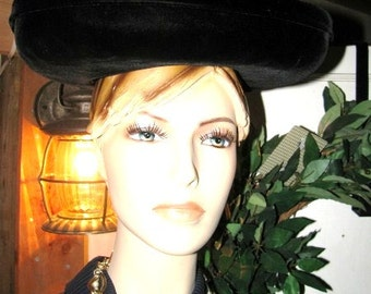 Vintage French Paris France Black Ladies Hat 40s Francois with Velvet Trim Size 22 Free USA Shipping and Tracking is Included in the Price