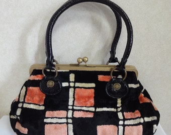 Vintage  Anna Sui multicolor  velvet  handbag purse. Black and pink geometric pattern design bag with kiss lock closure. Chic and Cute!