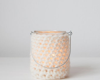 Woolen crocheted lantern small