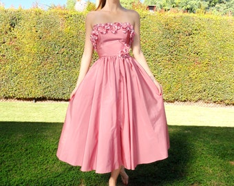 1950's Pink Dress // Strapless Dress // Mid Length, Full Skirt, Pink Party Dress with Flower Details // Low Back Dress