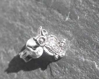 925 Sterling Silver single Mini Perched OWL Totem earring stud RARE metaphysical vintage white Metal Spirit Animal Jewelry gift