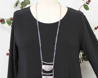 Dare2bstylish In Style Travelers Black Tunic top Small to 3XL. Plus Top, Asymmetrical Top Tunic