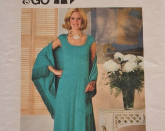 1970s Pullover T Shirt Maxi Dress and Shawl Butterick 5154 Vintage Sewing Pattern UNCUT Bust 30.5