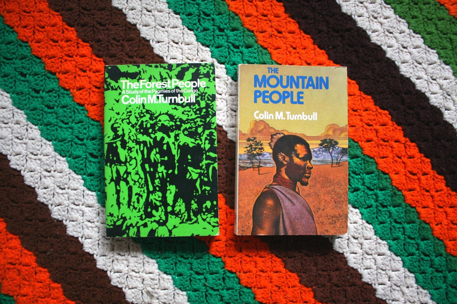 a book review on the mountain people by colin turnbull essay In colin m turnbull's book the forest people there were many examples of theoretical approaches that he describes that the pygmies use to maintain there social order.