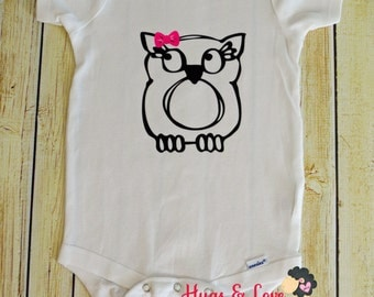 Super cute Owl with Bow Baby Bodysuit