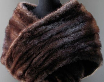 Ultimate Luxury Gift Or Wedding Bridal Business Formal Casual Accessory/Hollywood Starlet Dark Brown Mink Fur Stole/Vintage Shrug Shawl Cape