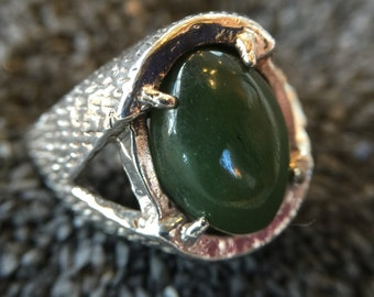Sterling Silver Ring with Large Forest Green Cabochon Stone (st - 1267)