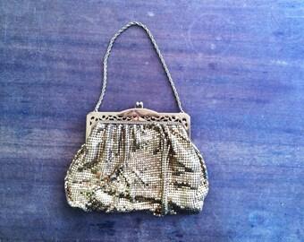 Vintage 1920s Whiting & Davis Gold Mesh Evening Bag Purse Art Deco Mesh Clutch Purse Flapper Bag Chain Link Bag Great Gatsby Antique