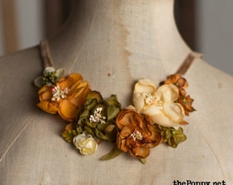 English Roses- Silk fabric flowers bib necklace- velvet ribbon- Beige