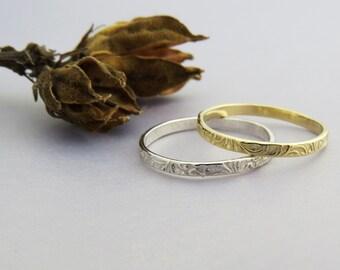 Floral Wedding Ring, Floral Stacking Ring, Delicate Thin Wedding Ring, Flower Wedding Band, Solid Gold Stacking Ring, stackable, Stack Ring.