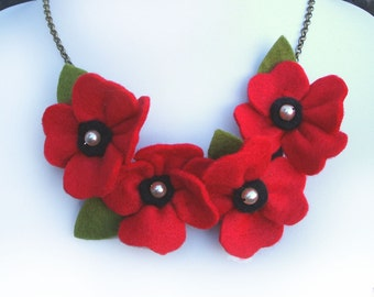 Red Poppy Necklace, Poppies and Pearls Flower Necklace, Bright Red Statement Necklace, Poppy Jewellery
