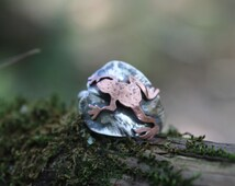 Sterling silver leaf and copper frog ring- Frog jewelry frog ring - frog sitting on lilypad across the finger - made entirely by hand