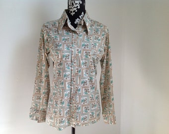 Floral Motif Button-down Polyester Blouse - Medium