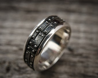 "Sterling Silver Industrial Ring ""Pacarendus"""