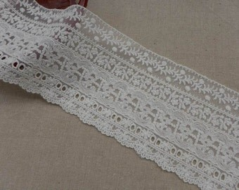 """Retro style Off white Embroidered Tulle Lace Fabric Trim 4.53"""" wide two yards"""