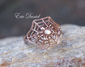 10K 14K 18K Spider Ring in Solid Gold, Available in White, Yellow or Rose, Spider Web Ring, Gold Spider Ring, Solid Gold Spider, 14K Spider