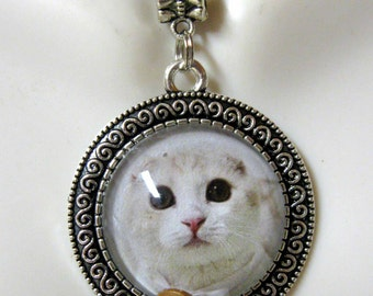 White kitty pendant with chain - CAP05-100