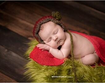 SALE...Green Mongolian Faux Fur Prop, Newborn Baby Photo Prop, Faux Grass, Fuzzy Layering Blanket.