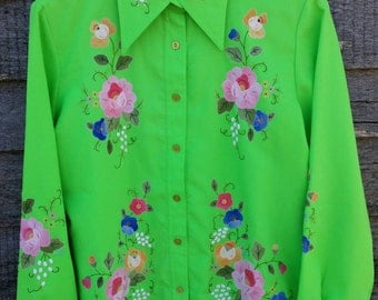 Vintage 70's Floral Appliqué Ladies Western Style Shirt