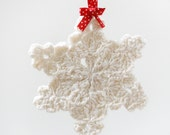 Set of 3 crochet snowflake decorations. Beautiful crochet Christmas tree / winter decorations. Handmade home decor / ornaments