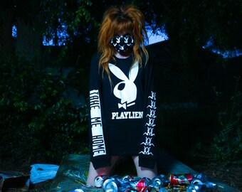 Playlien bunny ufo believe alien goth grunge L/S Uni Tee
