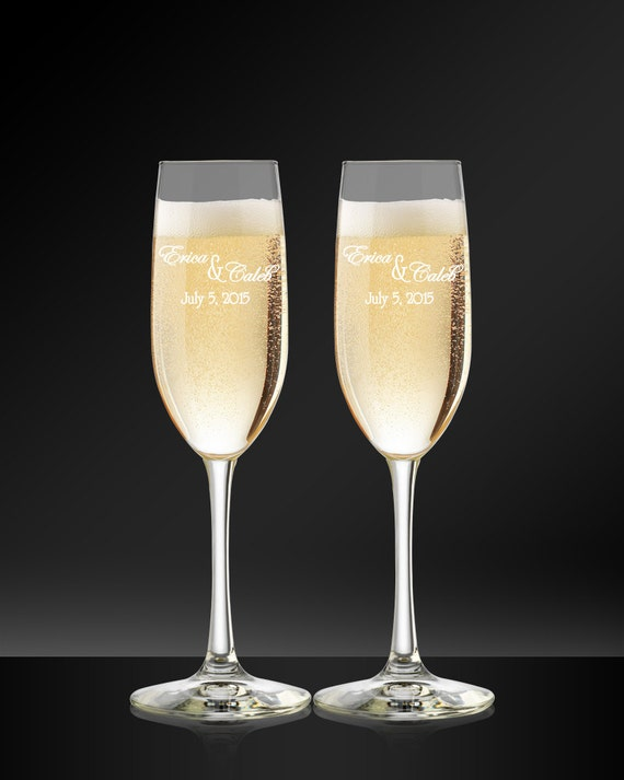 Wedding Present Champagne Glasses : Champagne Flutes, Toasting Glasses, Wedding Gift, Bride and Groom ...