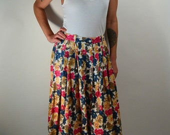 80s Flower Skirt// Dockers Skirt// Pleated Skirt// Cotton Skirt// Knee Length Vintage Skirt
