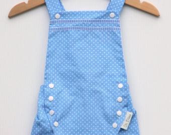 Retro, vintage baby romper / sunsuit with adjustable criss-cross shoulder straps (size: 6 months+) Gender neutral