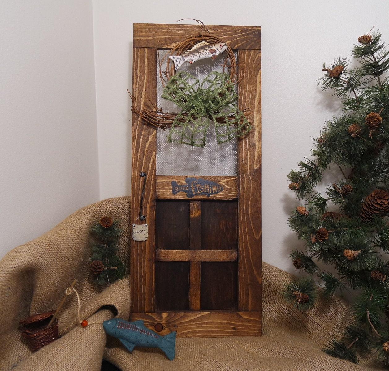 Mini wood screen door wreath rustic cabin mini wood screen zoom vtopaller Choice Image