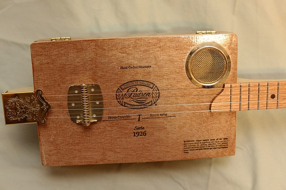padron acoustic cigar box guitar 4 string great cbg at a. Black Bedroom Furniture Sets. Home Design Ideas
