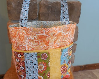Tote Bag with Pockets in Warm Colors