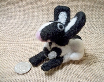 Needle Felted Bunny, Needle Felted Rabbit, Handmade Wool Animal, Wool Sculpture