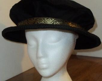 The Noble's Choice Velvet Flat Cap