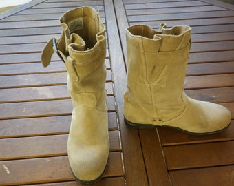 Bootees PALLADIUM, leather clear beige nubuck, size 39