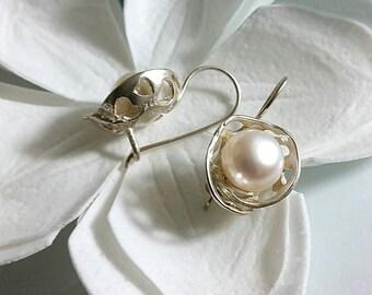 Pearl earrings ,  bridal earrings , silver earrings , flower earrings , dangle earrings , pearl jewelry  ,  White pearl earrings