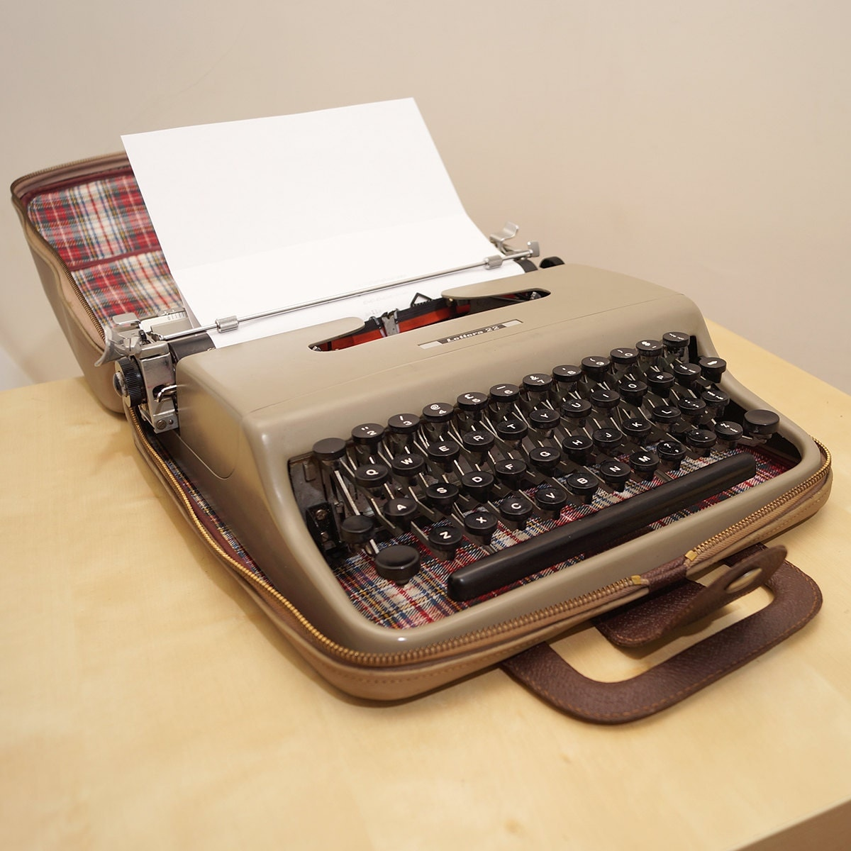 Dear tom hanks: have we got a typewriter for you! | collectors weekly.