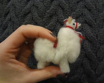 Teeny tiny baby alpacas
