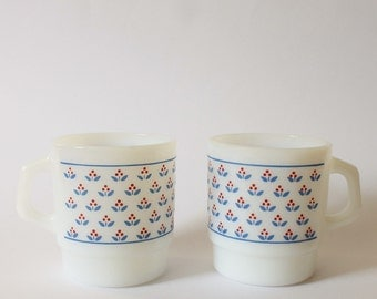 2 Vintage Termo-Rey Stackable Mugs - In Mint Condition