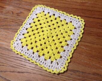 Set of 2 Victorian crocheted granny square dishcloth/potholders