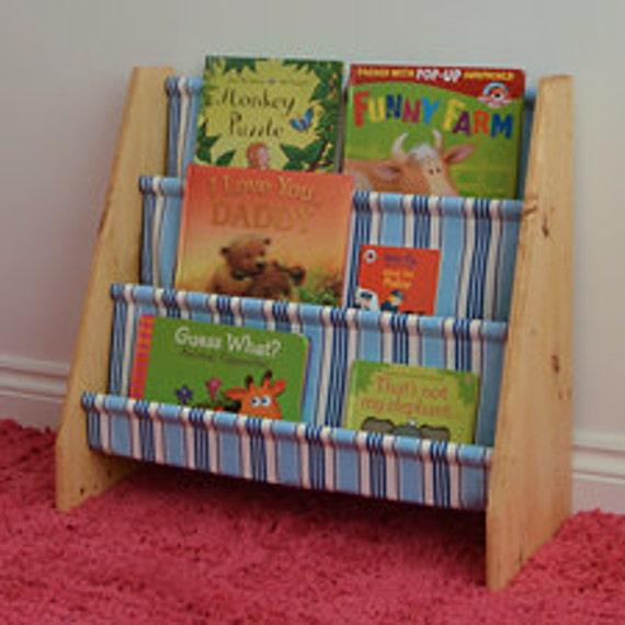 hnliche artikel wie kinder rocking schleuder b cherregal. Black Bedroom Furniture Sets. Home Design Ideas