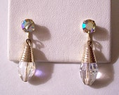 Coro Crystal Teardrop Clip On Earrings Gold Tone Vintage Aurora Borealis Iridescent Clear Rainbow Reflective Stone Dangles