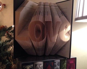 Book folding pattern for Love ~ chunky font ~ +FREE TUTORIAL
