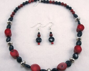 Red Coral and Black Onyx Necklace and Earring Set - S003MFL