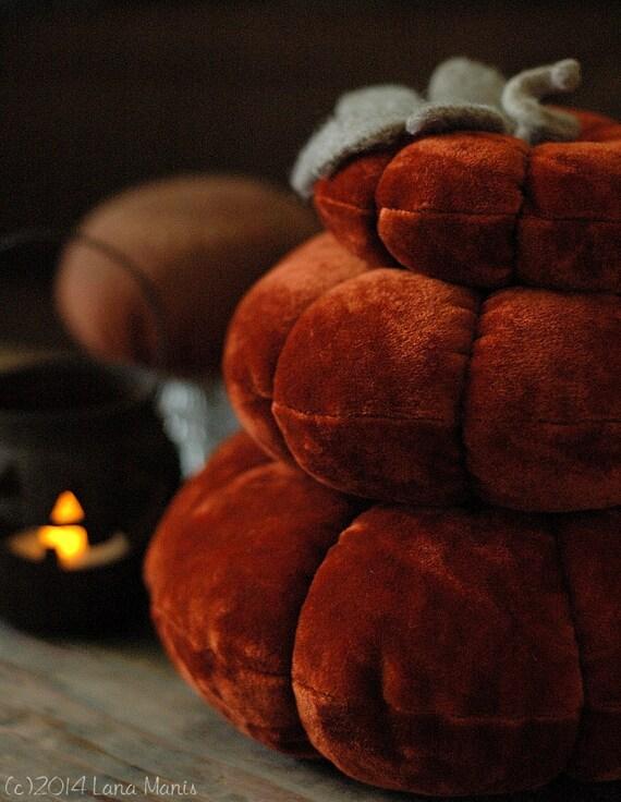 Velvet Pumpkin Stack