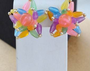 Colorful Vintage Plastic Clip Earrings, Gold tone, Summer, Funky (M8)