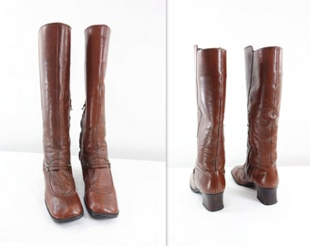 Vintage Brown Boots, Size 7, 60s Mod Boots, 1960s Go Go Boots, Brown Leather Boots, 60s Buckled Boots, Mod 60s London, GoGo Size 7 / 37.5