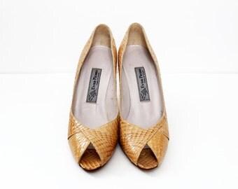 1980s Tan Reptile Skin Evan Picone Peep Toe Heels