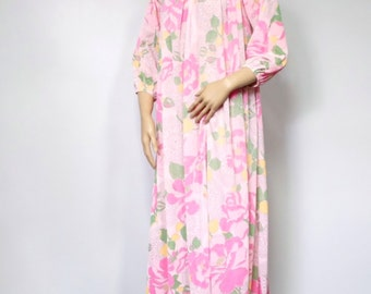 Pink Nightgown Vintage 1960's  Nightgown Long Nightgown by Mistee Floral Lounge Wear Dressing Gown Mu Mu Style Size Small to Medium