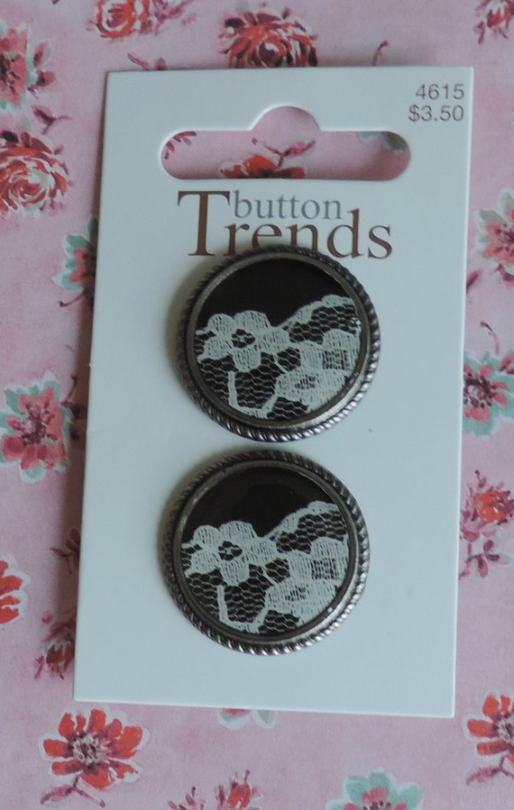 Lace Buttons, Carded Set of 2, Button Trends Collection by Blumenthal Lansing