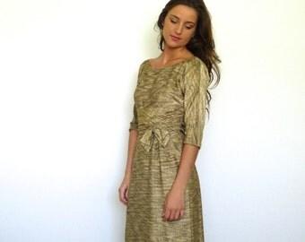 50s Textured Gold Cummerbund Holiday Wiggle Pencil Dress s m